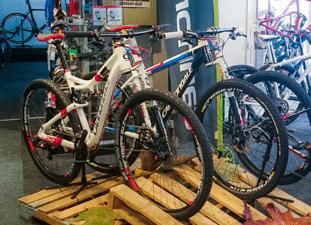Bike Experts Den Haag | Fietsenwinkel voor Race- , ATB en tourfietsen